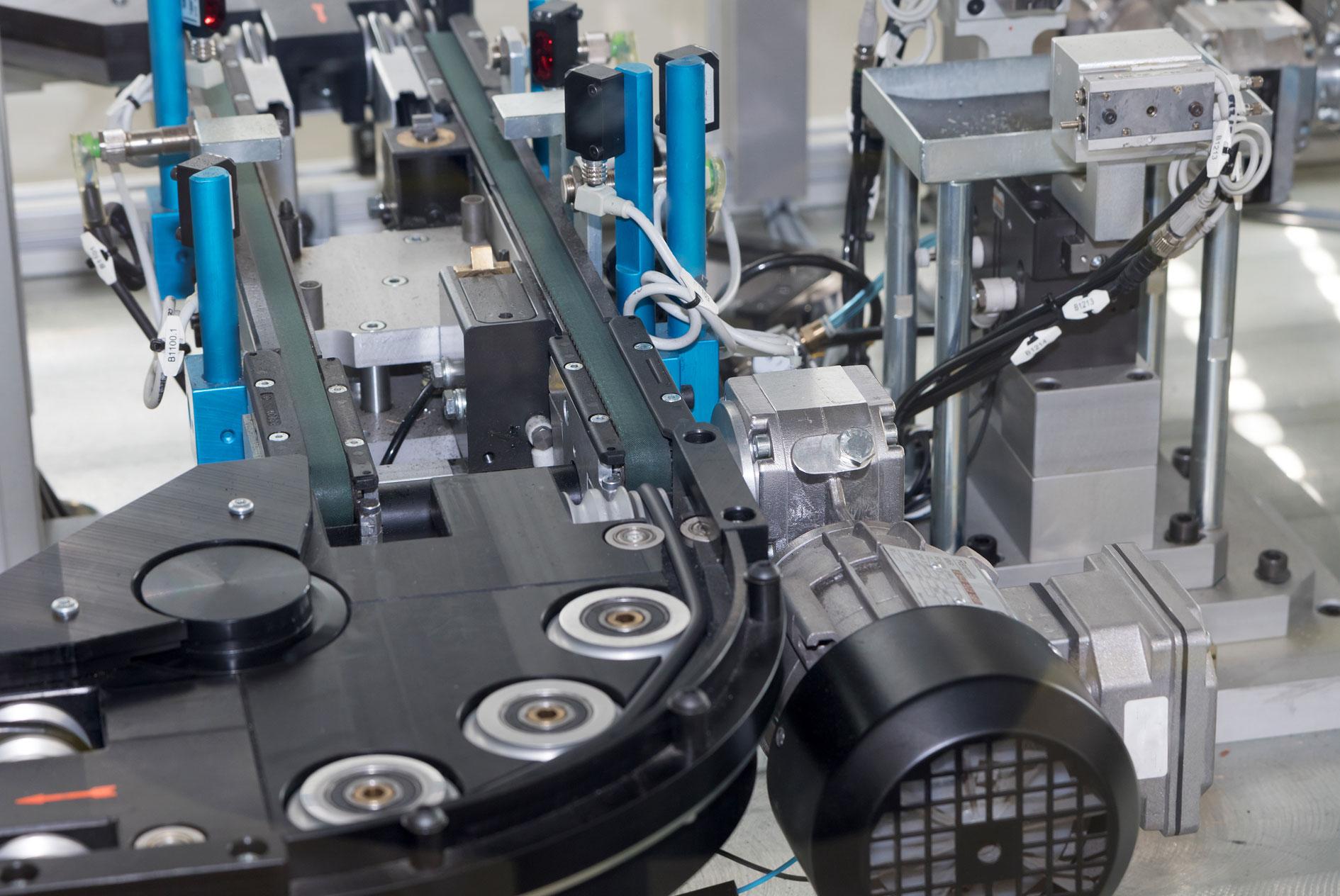 kkkoy-konetehdas-koneenrakennus-laiterakennus-alihankinta-metalliteollisuus-6